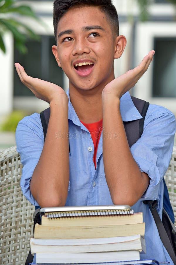 Zdziwiony męski uczeń zdjęcie royalty free