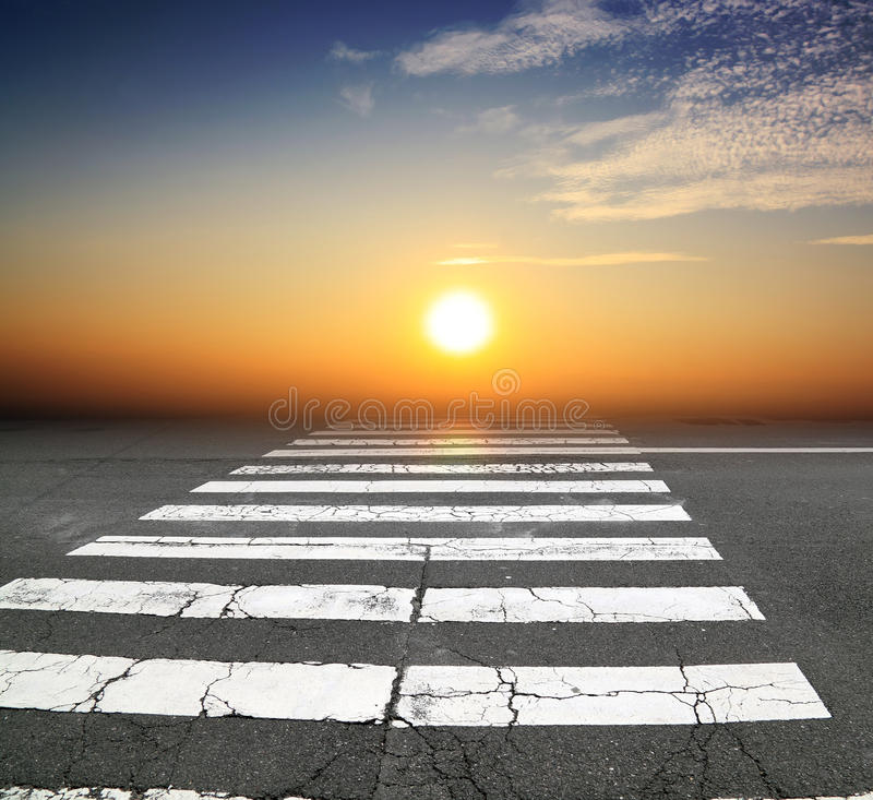Free Zebra Crossing Road Royalty Free Stock Images - 19487699