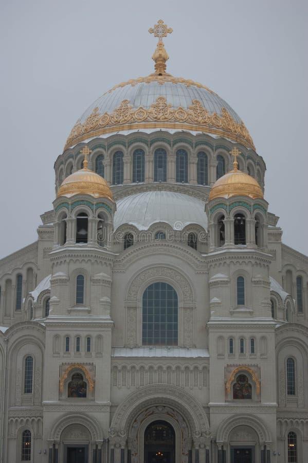 Zee kathedraal in Kronstadt stock foto