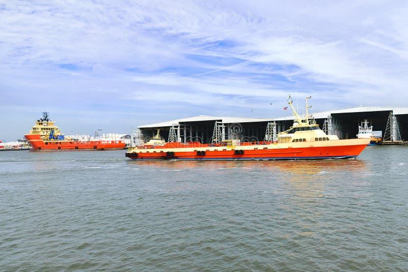 Zeecrewboat stock foto