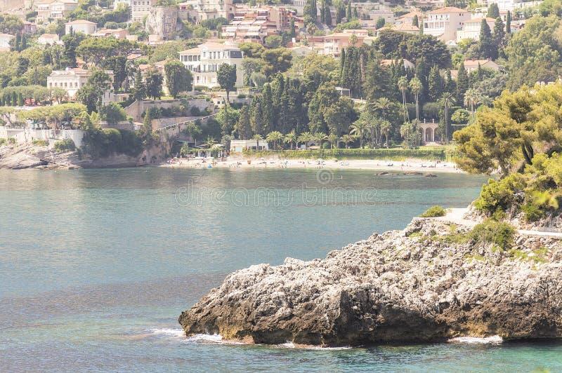 Zeekust van Roquebrune GLB Martin in een de zomerdag stock afbeeldingen
