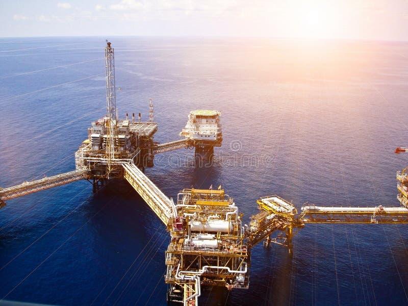 Zeeolieraffinaderij stock foto's
