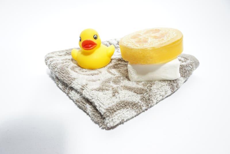 Zeep en handdoek stock afbeeldingen