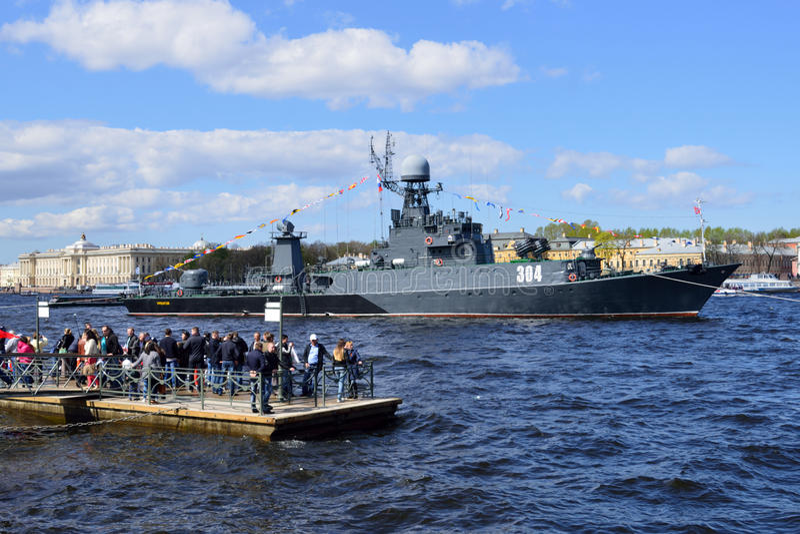 Zeeparade gewijd aan Victory Day in St. Petersburg, Rusland stock fotografie