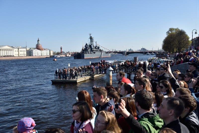 Zeeparade gewijd aan Victory Day in St. Petersburg, Rusland royalty-vrije stock afbeeldingen