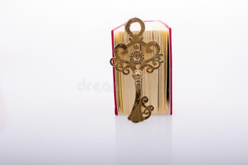 Zeer belangrijk en Islamitisch Heilig Boek Quran in minigrootte royalty-vrije stock afbeelding