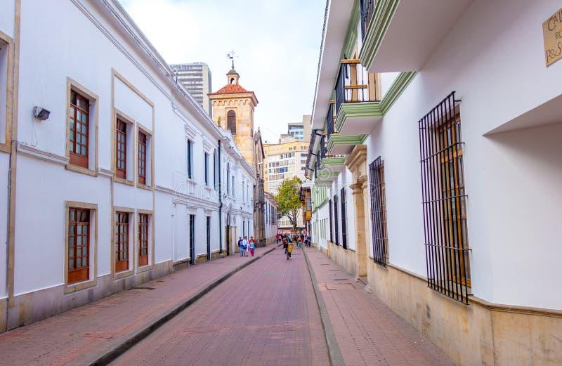 Zeer comfortabele charmante straat in oud deel van Bogota royalty-vrije stock afbeeldingen