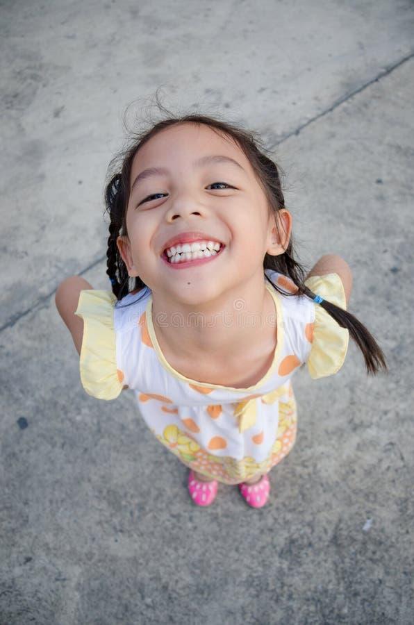 Zeer gelukkig en kinderen die glimlachen royalty-vrije stock foto