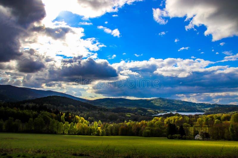 Zeer mooie mening van het Tsjechische landschap stock foto's