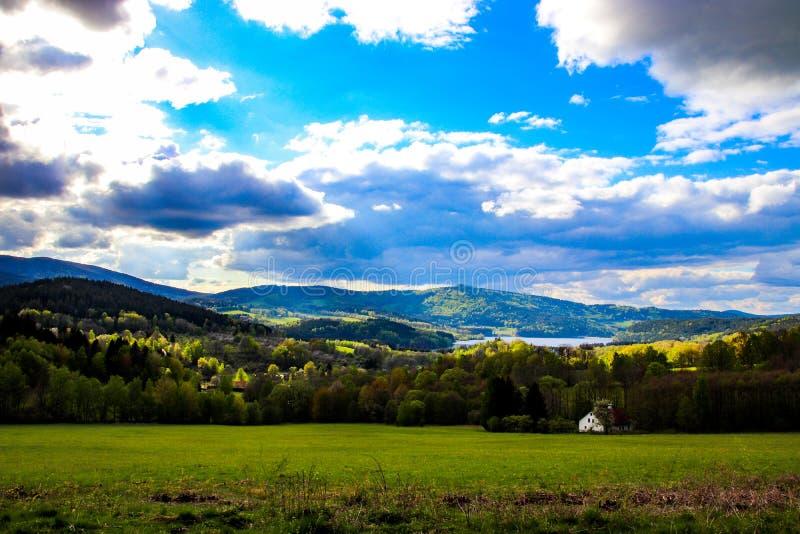 Zeer mooie mening van het Tsjechische landschap stock afbeeldingen