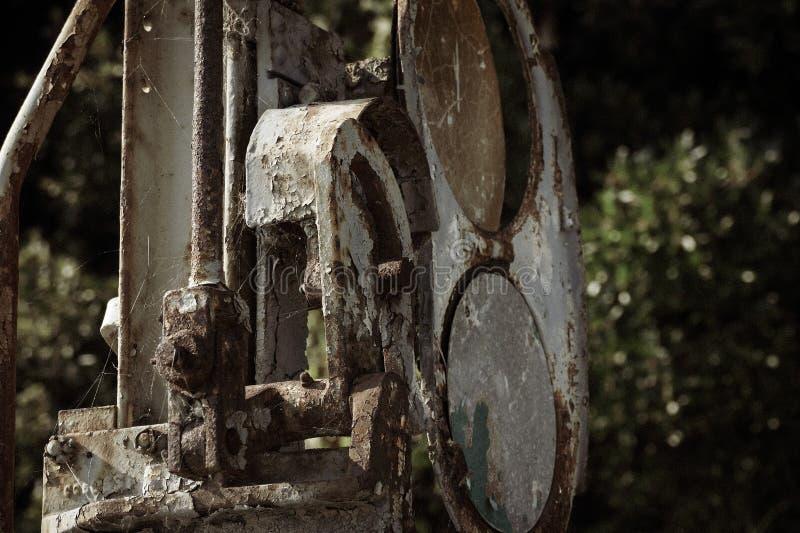 Zeer oud spoorwegmechanisme in Griekenland stock afbeeldingen