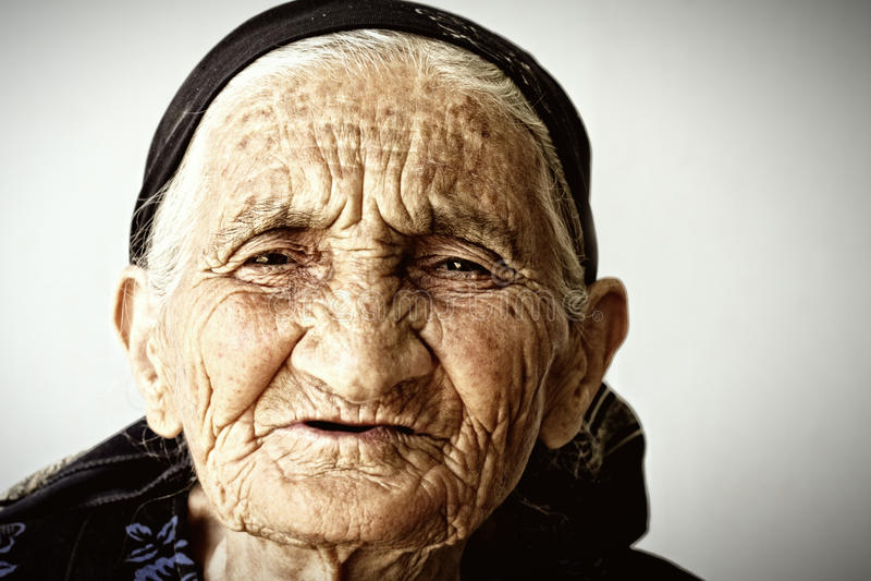 Zeer oud vrouwengezicht royalty-vrije stock foto's