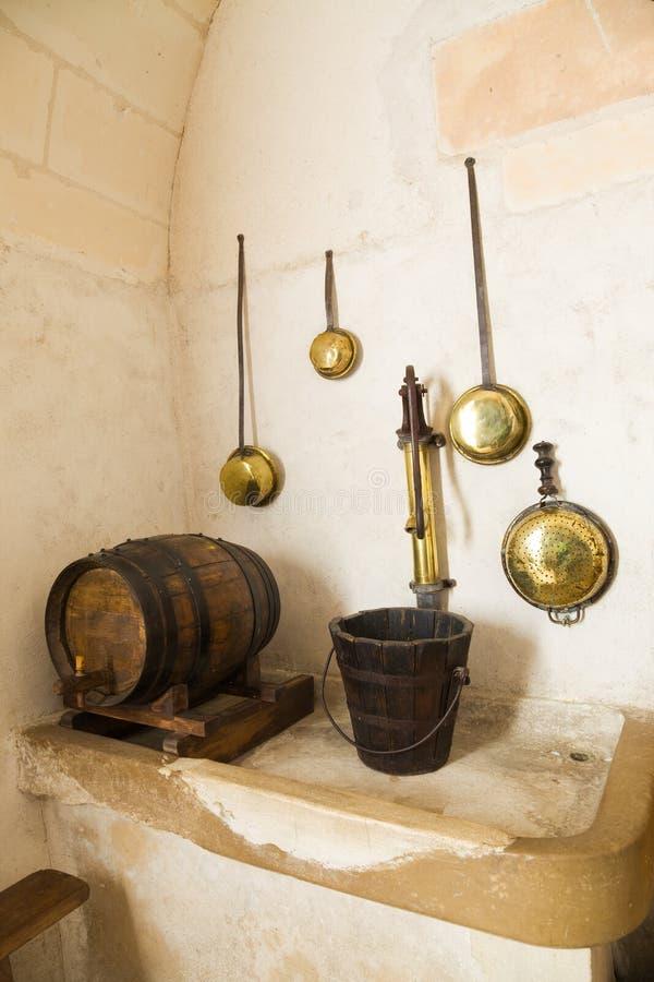 Zeer oude keuken stock afbeelding