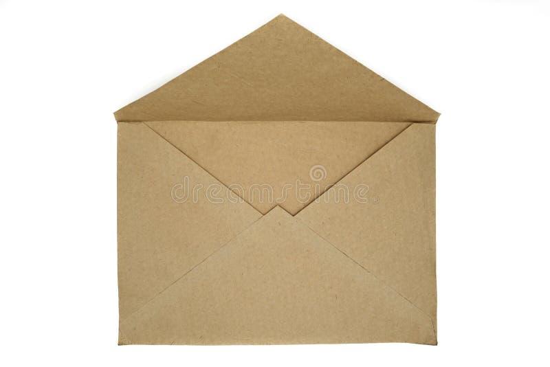 Zeer oude open beige die envelop op witte achtergrond wordt geïsoleerd royalty-vrije stock fotografie