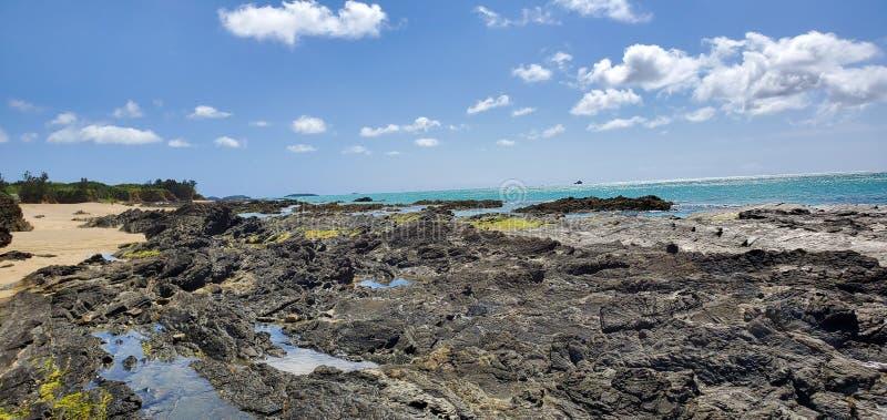 Zeestrand in Okinawa Japan stock afbeeldingen