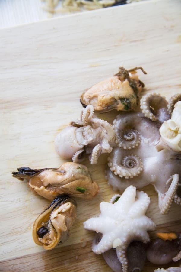Zeevruchten in Koreaans recept worden gemarineerd dat stock foto