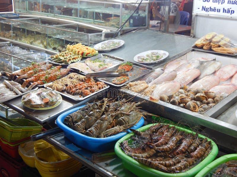 Zeevruchten op de Vietnamese markt stock afbeeldingen
