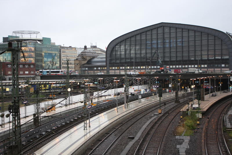 Zegar Hamburska główna stacja kolejowa zdjęcia stock