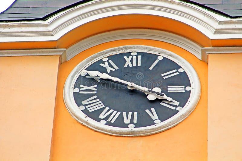 Zegar na Wielebnej bazylice egzaltacja krzyż zdjęcia stock