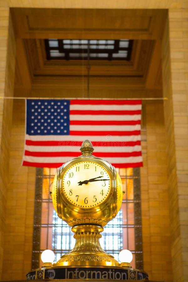 Zegar przy Uroczystą centrali stacją zdjęcie stock