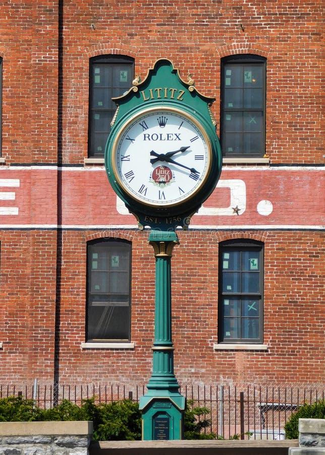 Zegar w Lititz, Pennsylwania zdjęcie royalty free
