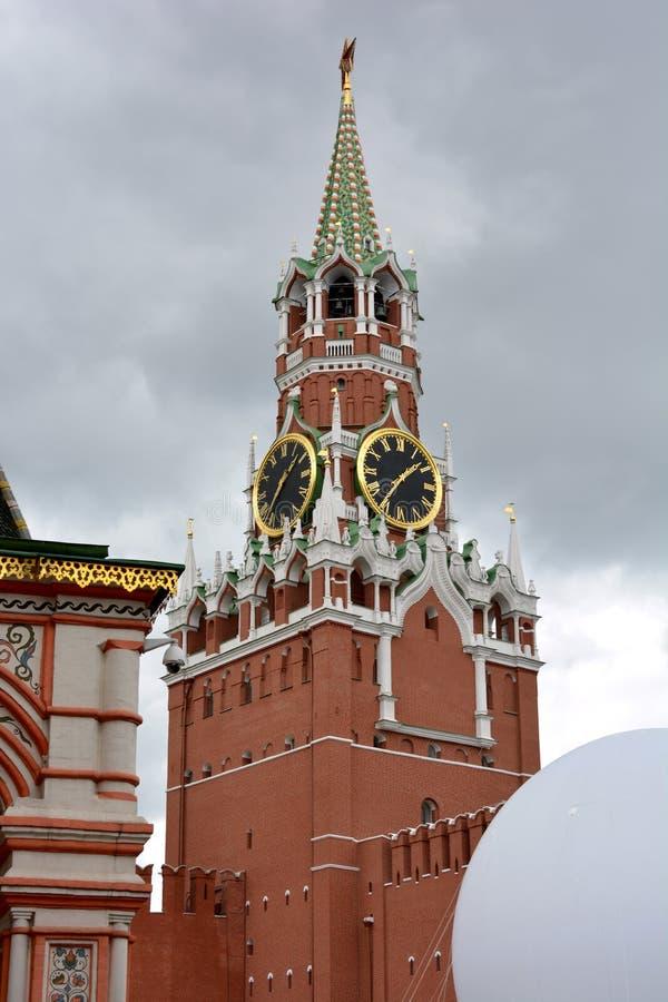 Zegar w Moskwa Kremlin na placu czerwonym obraz stock