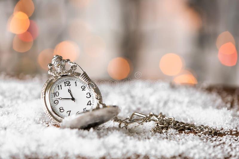Zegarek na śniegu zdjęcie royalty free