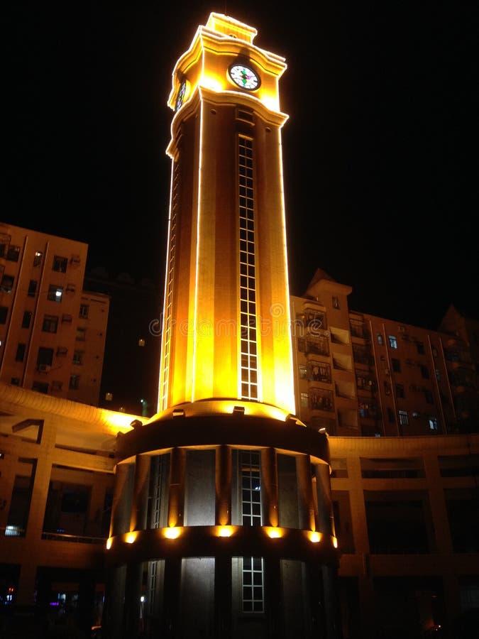 Zegarowy wierza przy nocą zdjęcie royalty free