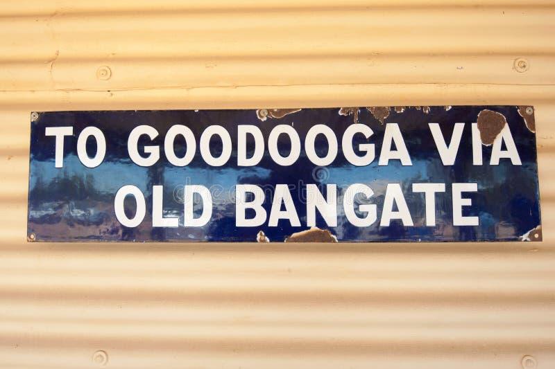 Zeichen an der Bangate-Stationspost stockfotografie