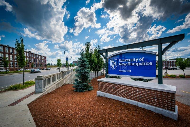 Zeichen für die Universität von New Hampshire, in Manchester, neuer Schinken lizenzfreie stockbilder