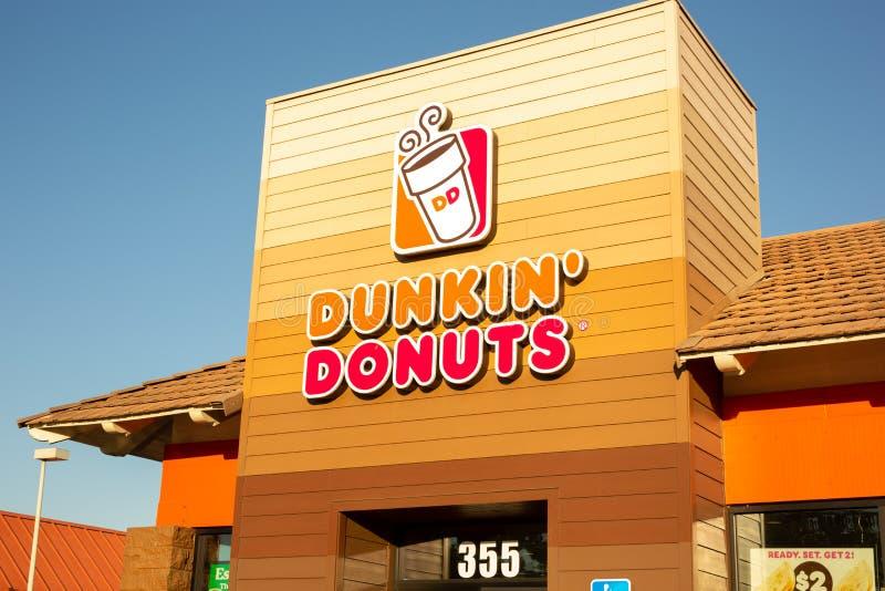 Zeichen für Dunkin 'Schaumgummiringe stockfotografie