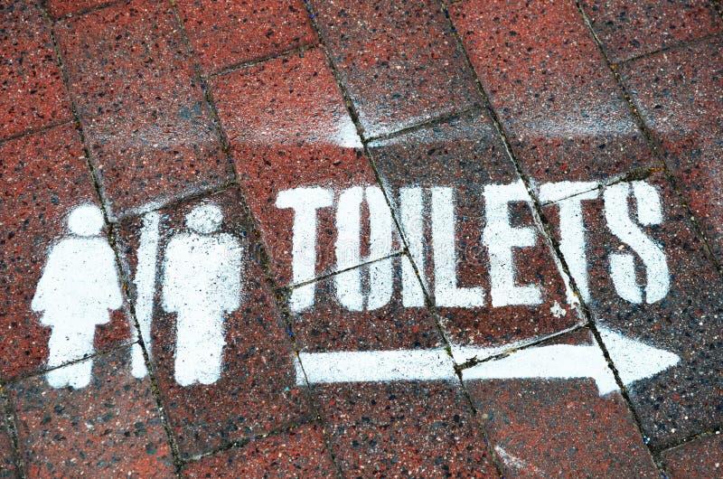 Zeichen für Toiletten lizenzfreies stockbild