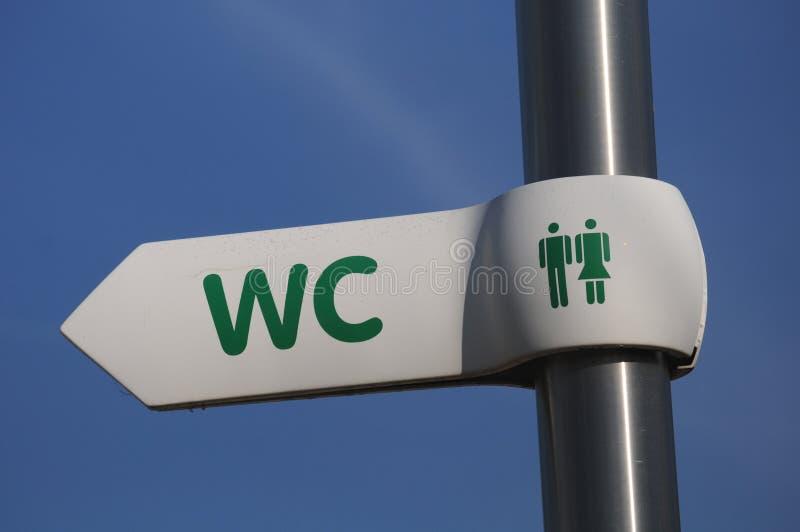Zeichen für Toiletten stockbild