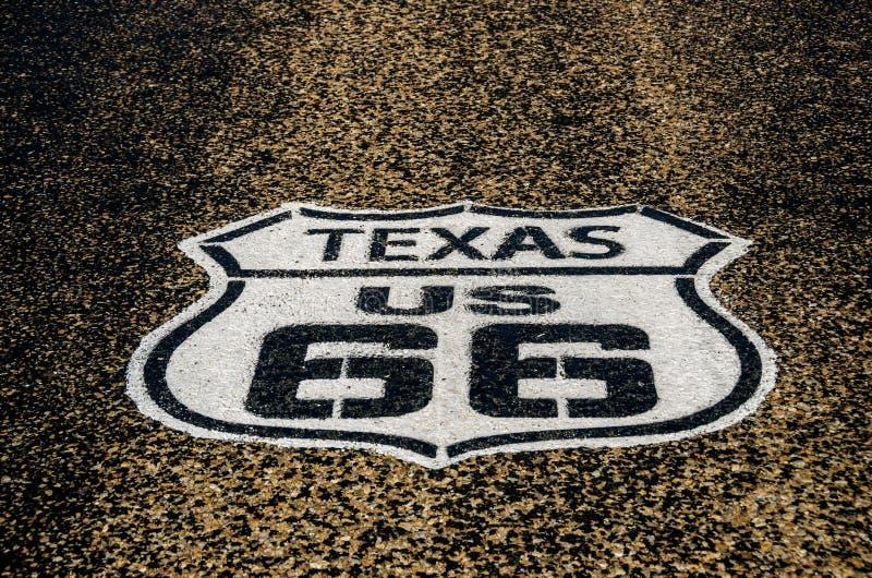 Zeichen für US 66 in Texas stockfotos