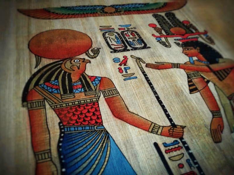 Zeichnen auf Papyrus stockfotos