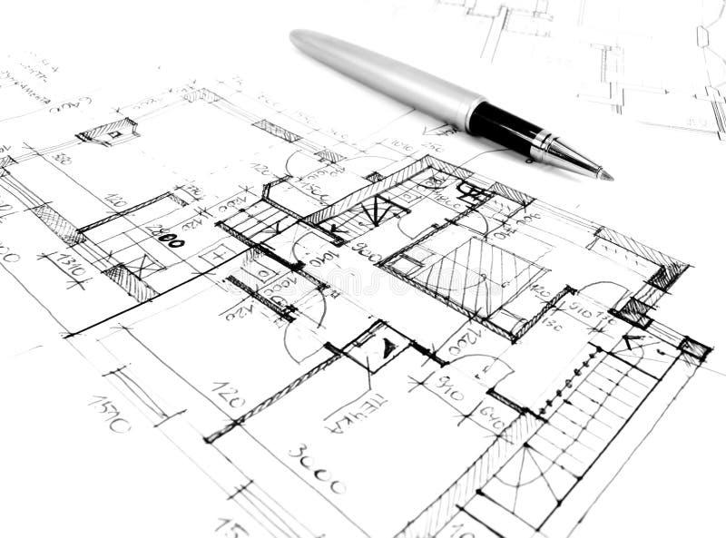 zeichnender Architekturplan des Hausprojektes - angeredetes Konzept der Architektur, der Technik und der Immobilien stock abbildung