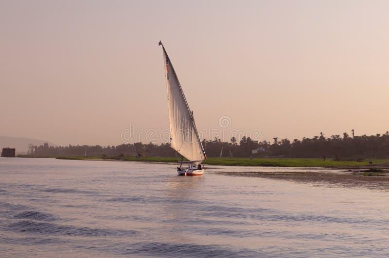 Zeilboot op de Rivier van Nijl royalty-vrije stock fotografie