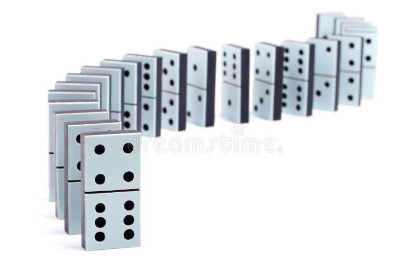 Zeile der Dominostücke stockfoto