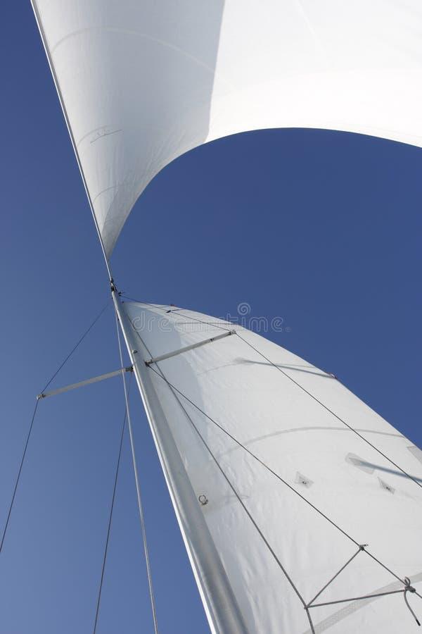 Zeilen die wind vangen royalty-vrije stock foto