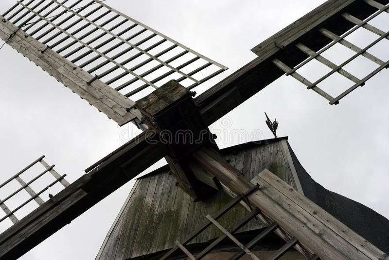 Zeilen van een windmolen royalty-vrije stock foto's
