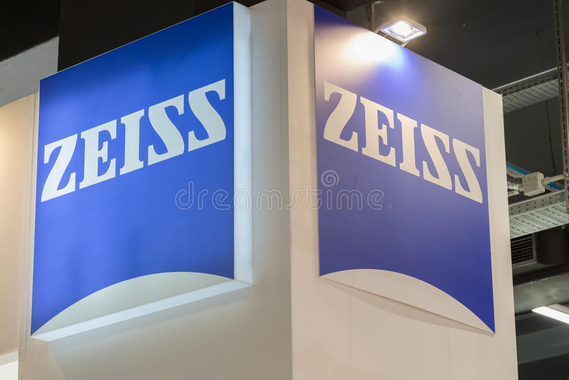Zeiss-Stand an der Technologie-Nabe in Mailand, Italien lizenzfreies stockfoto