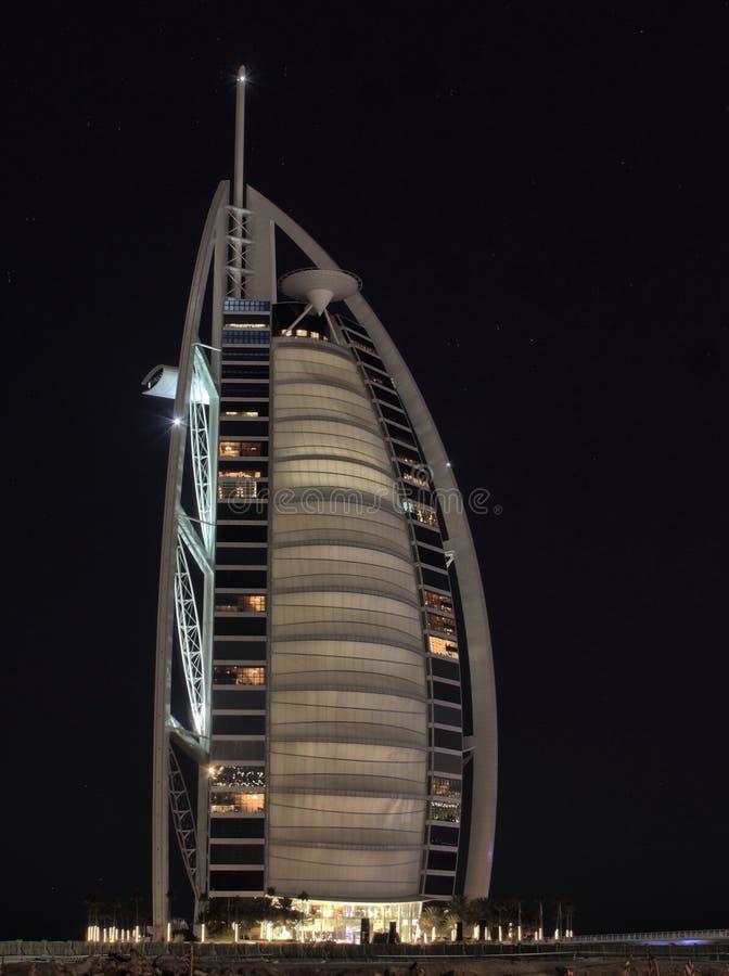 Zeit Burj Al Arab Night stockfotos