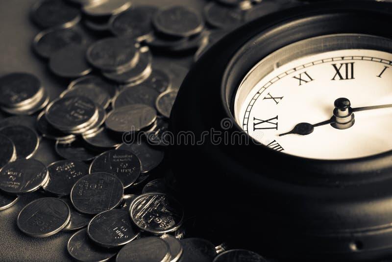 Zeit - ein Geld lizenzfreie stockfotografie