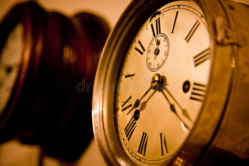 Zeit marschiert an stockfoto