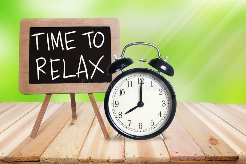 Zeit sich zu entspannen Motivtext stockfoto