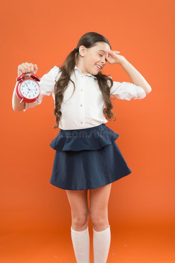 Zeit zu studieren Klassen fangen an Sich entwickelnde Disziplin Zeit für Bruch und sich entspannen Frauen mit eisigem Margarita G stockfoto