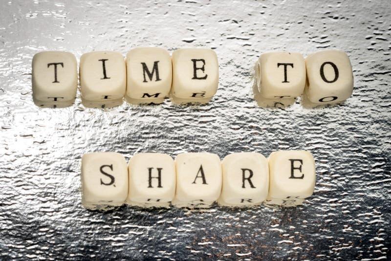 Zeit zu teilen lizenzfreie stockfotos
