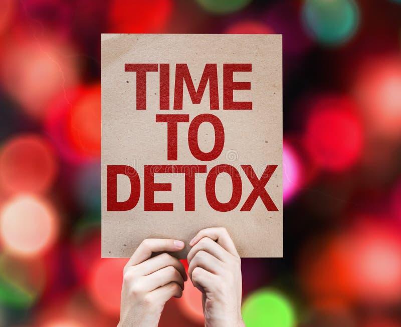 Zeit zur Detoxkarte mit buntem Hintergrund mit defocused Lichtern stockfoto
