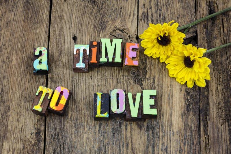Zeit zur Liebe heiraten, den Live Anteil zu heiraten glauben stockfoto