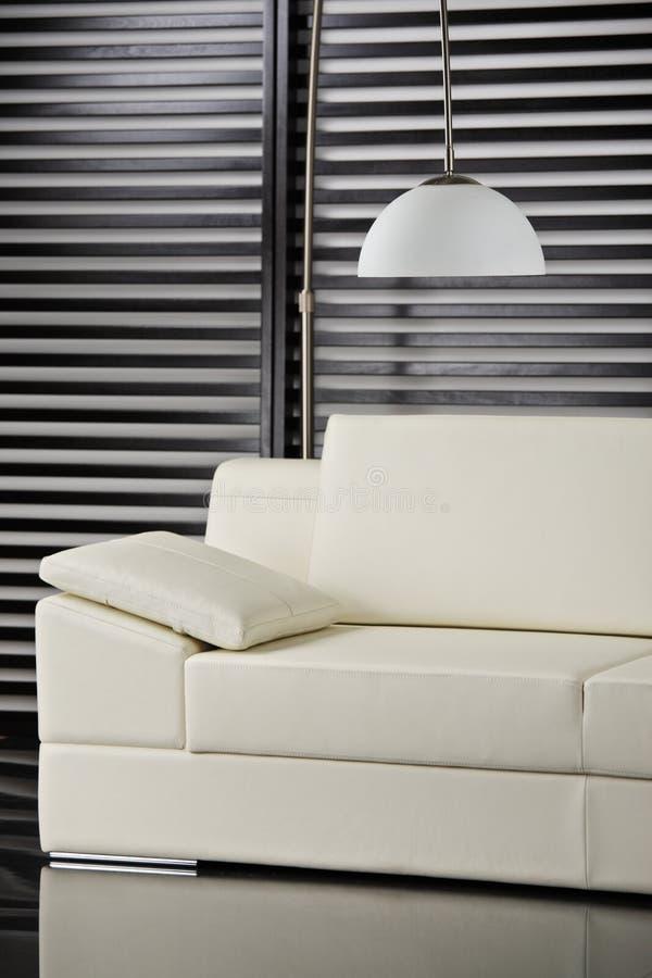 Zeitgenössische Möbel stockfotografie